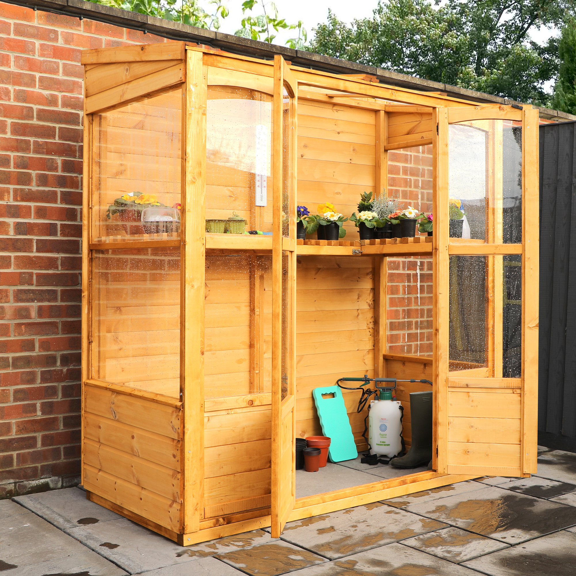 Traditional Tall Wall Greenhouse