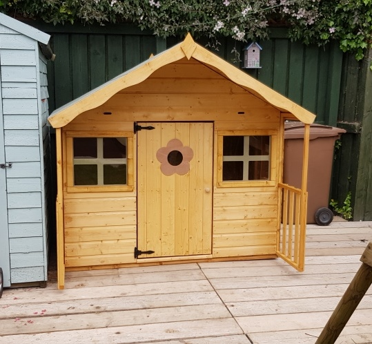 playhouse installation hull
